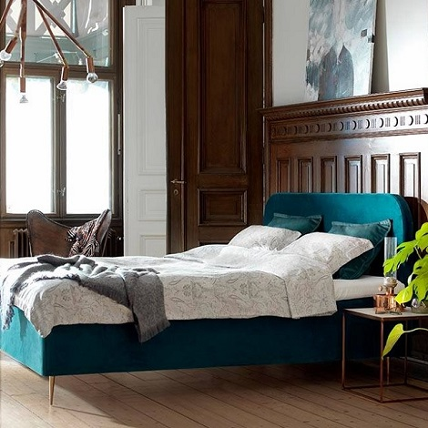 Viking boxspring Lafayette,stof velours,topper,naaldhak goudkleur,Zweden,House of talents, tv,SBS 6